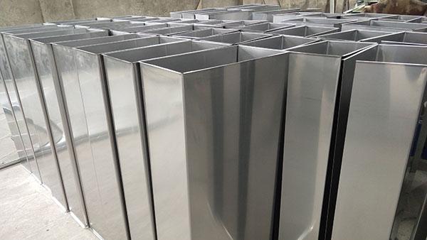 万豫暖通镀锌钢板焊接风管安装步骤有哪些?
